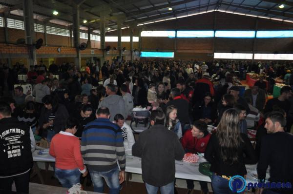 Tradicional Festa Municipal do Porco no Rolete - Bom Plano