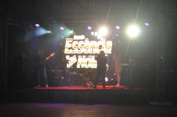 Mega Domingueira - Essência da Noite - Km 12