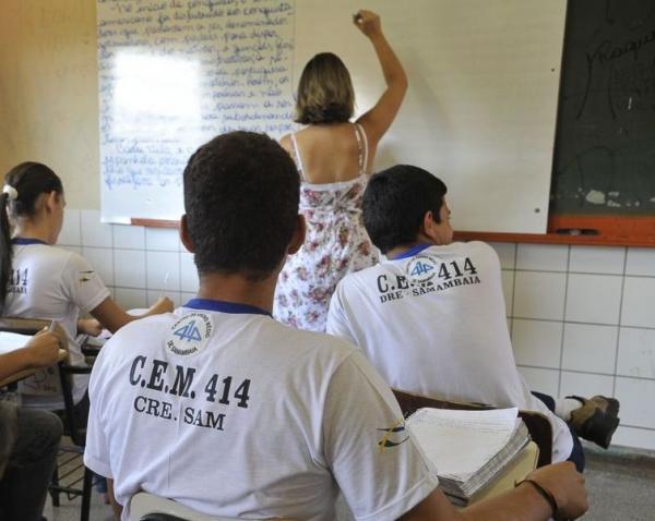 Pesquisa aponta que apenas 3,3% dos estudantes brasileiros desejam ser professores