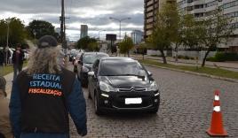 Motoristas que não pagaram o IPVA 2018 serão inscritos em dívida ativa