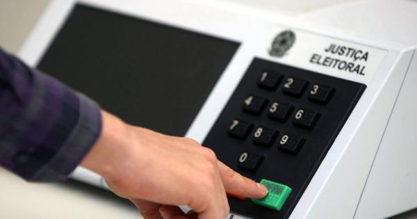 Chefe do Cartório Eleitoral de Tenente Portela repassa informações sobre o segundo turno