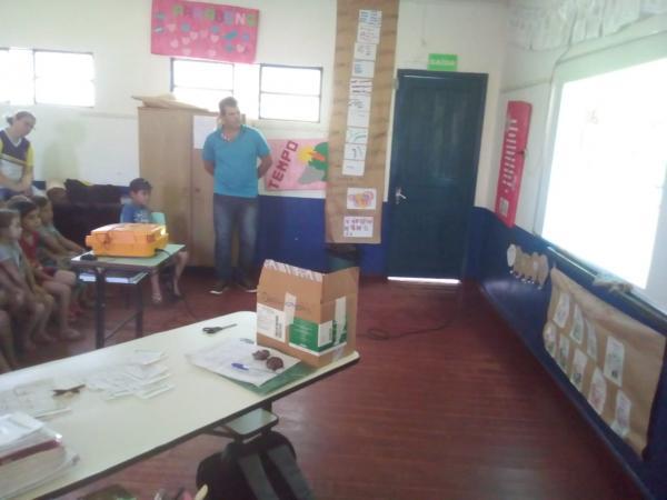Derrubadas: Trabalho em escolas municipais busca evitar a proliferação do Aedes Aegypti