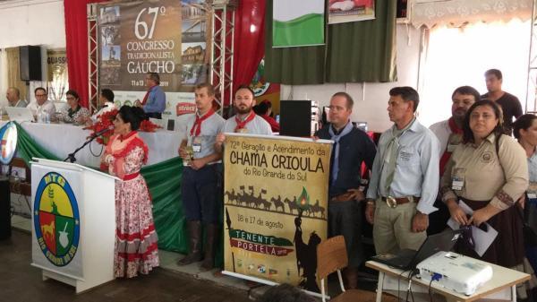 Tenente Portela divulga Acendimento da Chama Crioula em congresso do MTG
