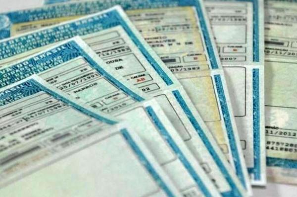 Taxas do Detran são reajustadas; veja novos valores para tirar ou renovar a CNH no RS
