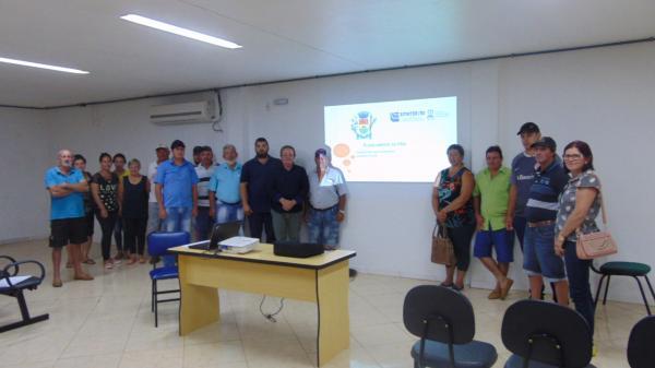 Redentora: Agricultores e moradores urbanos serão beneficiados pelo PAA