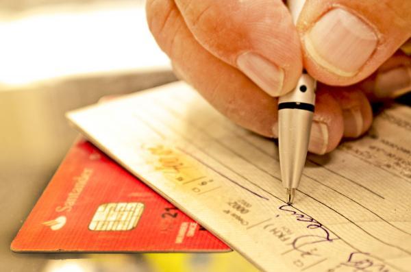 Cheque especial perdeu mais de um milhão de clientes em janeiro