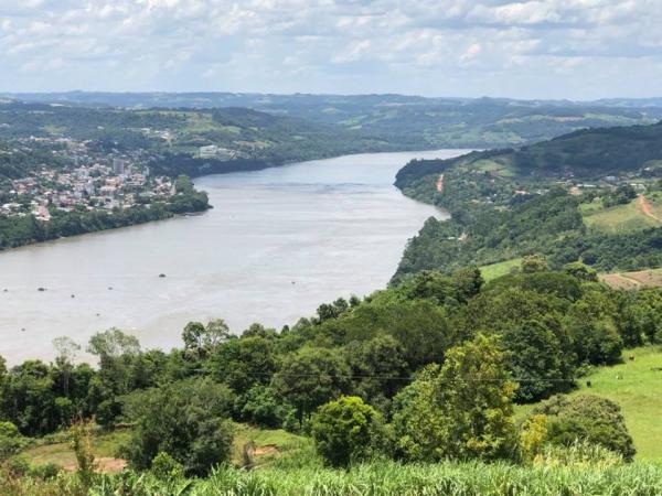 Reunião em Brasília debate a construção de ponte entre Barra do Guarita e Itapiranga