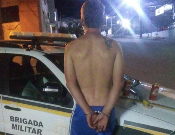 Motorista com sinais de embriaguez é perseguido e preso em Tiradentes do Sul