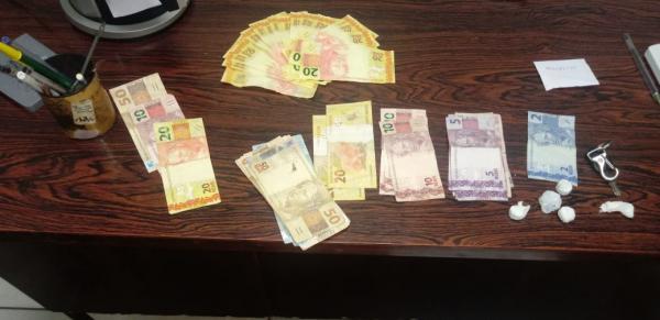Brigada Militar de Seberi prende dupla com dinheiro falso