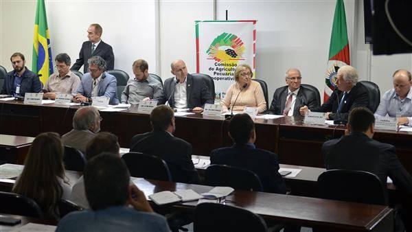 Grupo de trabalho apresenta proposta para produção de etanol no estado