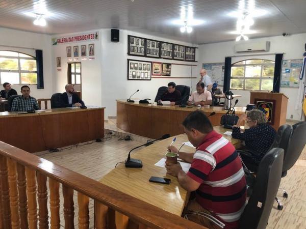 Coronel Bicaco: Vereadores aprovam projeto para aquisição de veículos