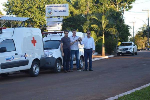 Prefeitura de Derrubadas entrega novos veículos para saúde