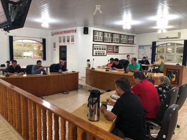Proposição visa a implantação de coleta de lixo no interior de Coronel Bicaco