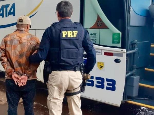 Acusado de tentativa de homicídio em Tenente Portela é preso pela PRF na BR 386