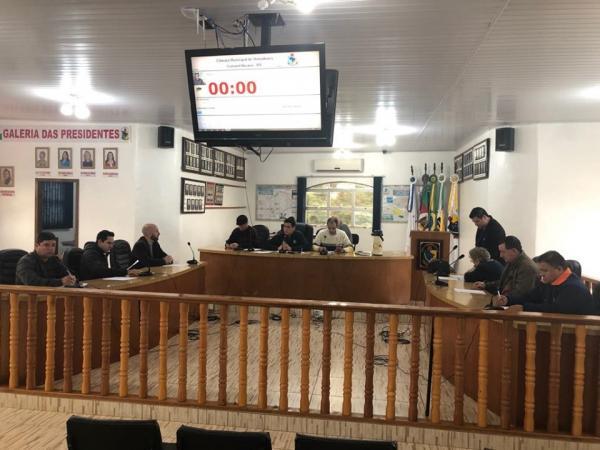 Presidente do Legislativo desmente supostos pagamentos aos vereadores por sessões extraordinárias