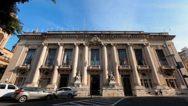Sede do governo estadual, Palácio Piratini completa 98 anos