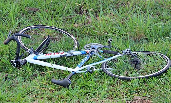 Ciclistas ficam feridas ao serem atingidas por caminhão em Bom Progresso