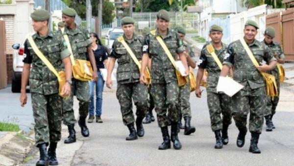 Tenente Portela solicita ajuda do Exército para combater a Dengue