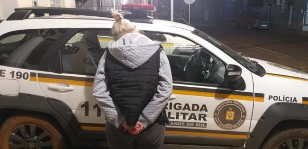 Foragida da Justiça é presa pela BM em Santo Augusto