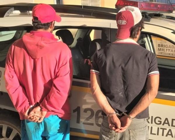 Homens são presos pela Brigada Militar após roubar dinheiro e celulares em Santo Augusto
