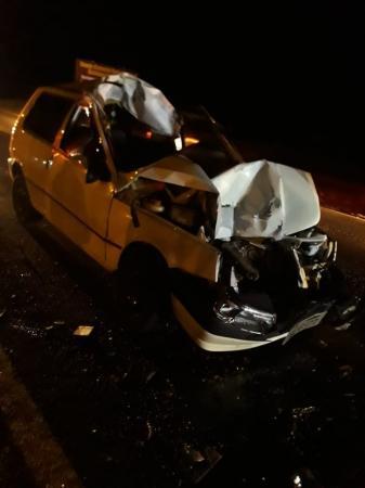 Colisão entre automóvel e retroescavadeira na RST 472 provoca a morte de motorista