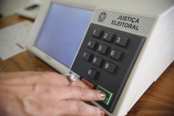 TSE vai comprar 180 mil novas urnas eletrônicas para as eleições municipais de 2020