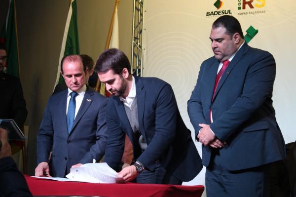 Prefeito de Palmeira das Missões assume o cargo de presidente da FAMURS