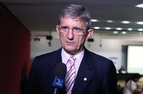 Deputado Darcísio Perondi diz que reforma da Previdência Social vai cortar privilégios