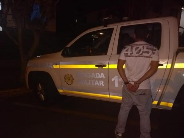 BM de Tenente Portela prende homem com objetos ilícitos