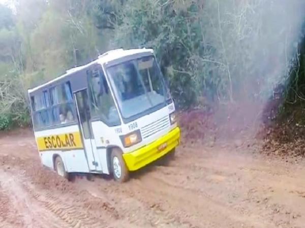 Moradores cobram melhorias em rodovia que liga Três Passos à Crissiumal