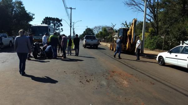 Acidente no centro de Tenente Portela deixa motociclista ferido