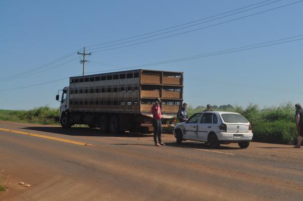 Acidente envolvendo caminhão e automóvel é registrado na RSC 472 em Tenente Portela