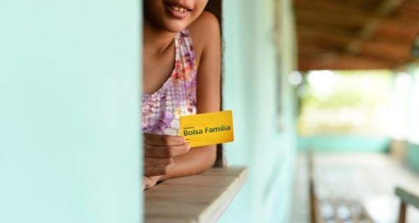3,5 mil famílias podem sacar o Bolsa Família em agosto