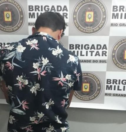 BM de Três Passos prende jovem por tráfico de drogas