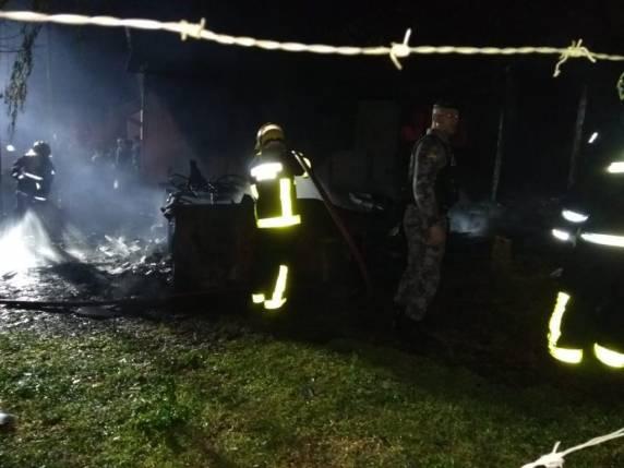 Homem morre em incêndio de residência em Carazinho