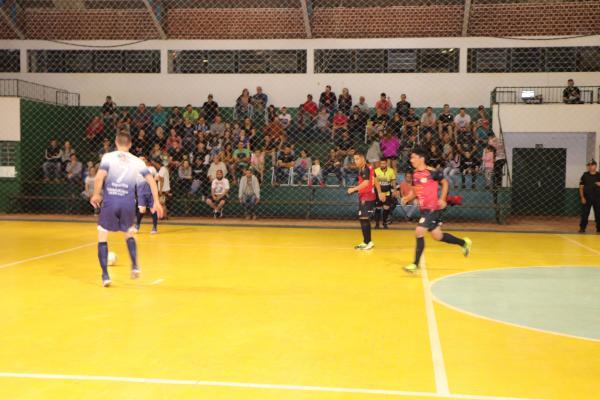 Copa Noroeste de Futsal: Troca de líderes na Chave A