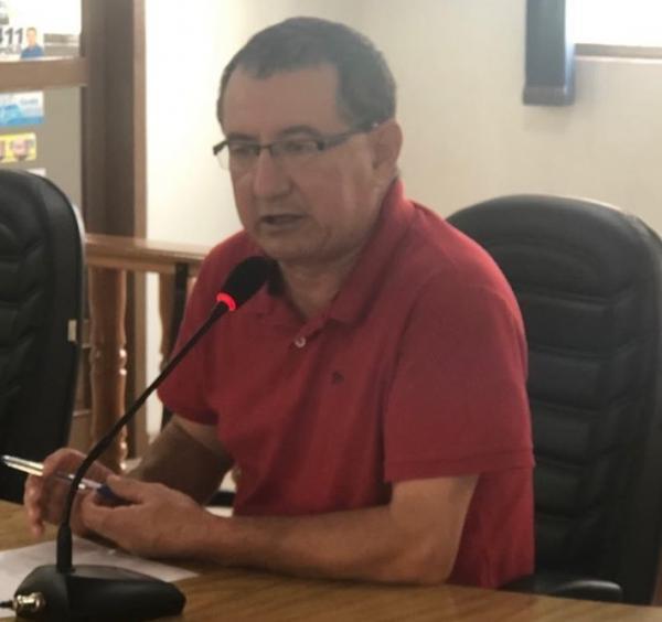 Vereador diz que famílias aguardam melhorias no abastecimento de água