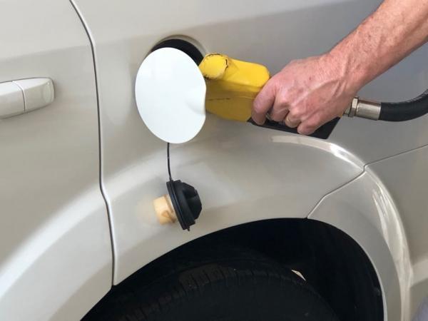 ANP fiscaliza cobranças abusivas de combustíveis no Brasil
