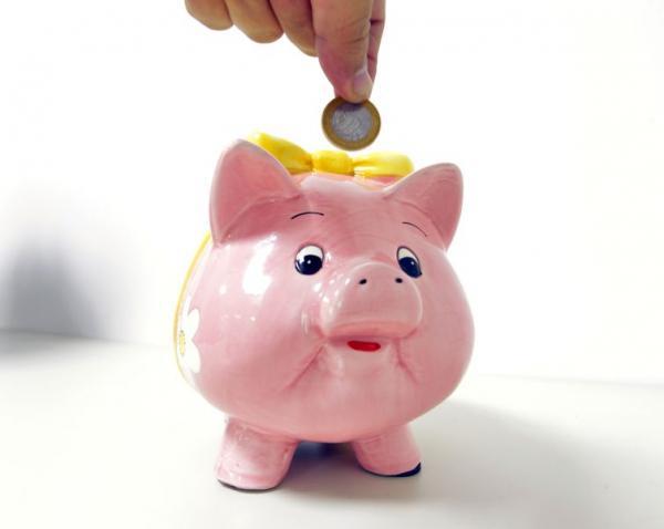 Em cada dez brasileiros, sete não conseguiram poupar dinheiro no mês de agosto