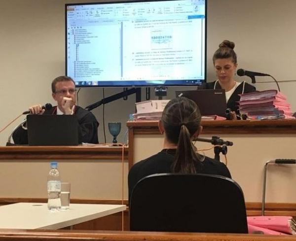 Ex-secretária de Boldrini ganha ação contra Record e perito