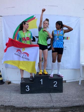 Jovem de Tiradentes do Sul é campeã estadual na modalidade 75 metros rasos