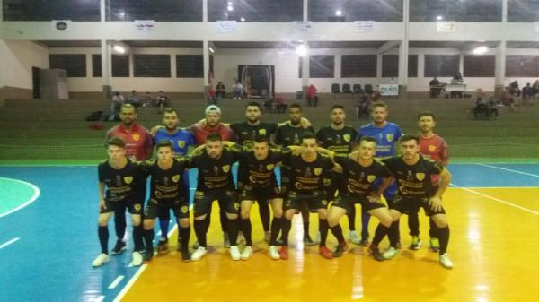 CAP goleia São Martinho e se mantém vivo na Copa Noroeste de Futsal