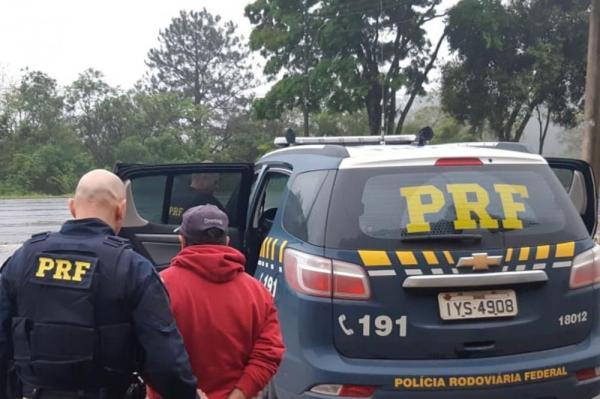 Condenado por homicídio é capturado em ônibus com placas de Tenente Portela na BR 386