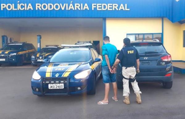 PRF recupera em Sarandi caminhonete roubada em Porto Alegre