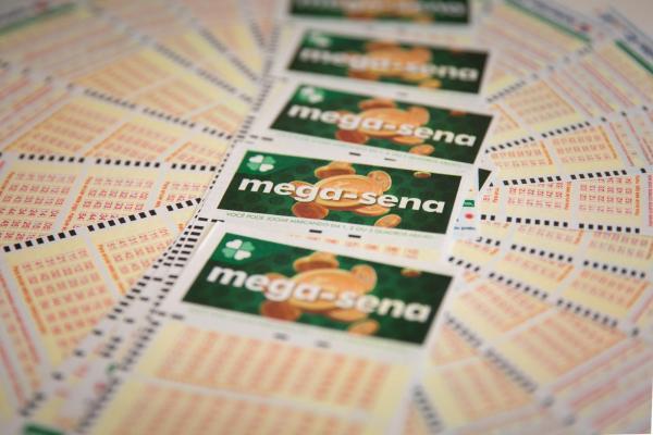 Mega-Sena, concurso 2.063: ninguém acerta, e prêmio acumula a R$ 6 milhões