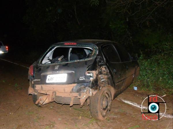 Acidente de trânsito na ERS 330 em Redentora deixa veículo destruído e condutor ferido