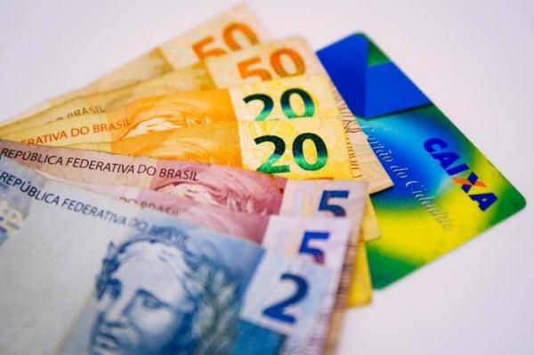 Senado Federal aprova ampliação para R$ 998,00 do valor de saque do FGTS