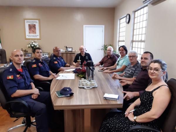 Reunião debate a instalação de Corpo de Bombeiros em Tenente Portela