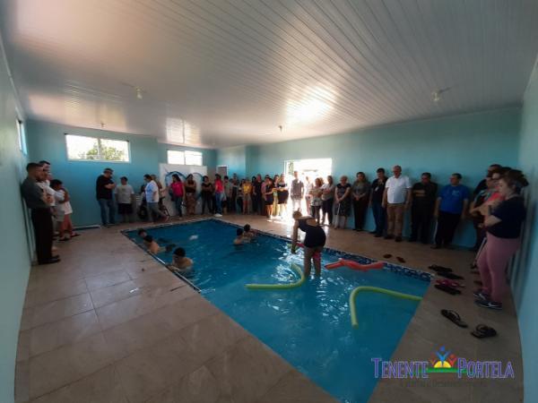 APAE de Tenente Portela inaugura piscina hidroterápica