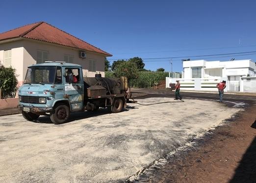 Investimento de R$ 850 mil garante novos asfaltos em Vista Gaúcha